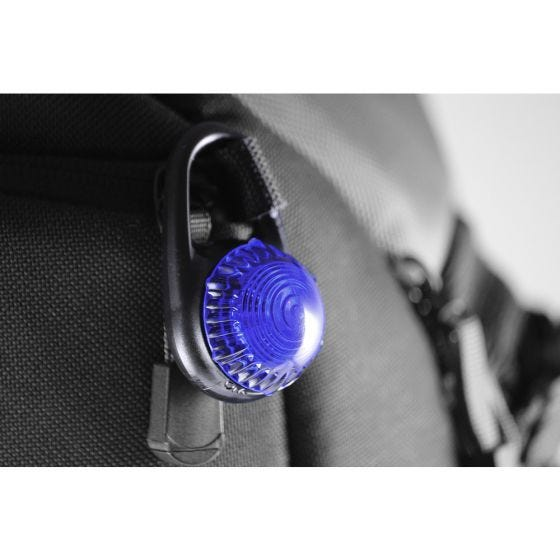 Adventure Lights Guardian luce con gancio Tag-It in blu