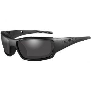 Wiley X occhiali WX Tide con lenti fumé grigie e struttura in nero OPS opaco