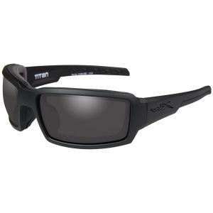 Wiley X occhiali WX Titan con lenti fumé grigie e struttura in nero opaco