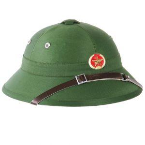 Mil-Tec casco tropicale Vietcong con distintivo